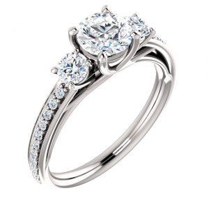 Three stone full Diamond Ring- Anillos de compromiso en Monterrey